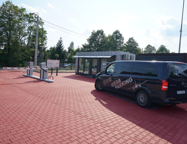 zdjęcie VIP Garaże MEGA Parking parking Pyrzowice