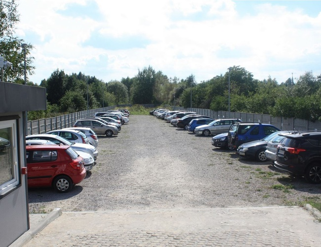 zdjęcie Pienista 32 parking Lodz