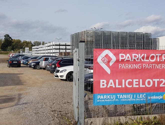 zdjęcie BaliceLot24 parking Balice