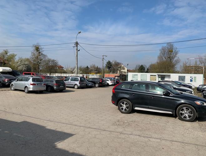 zdjęcie Premiere parking Okęcie