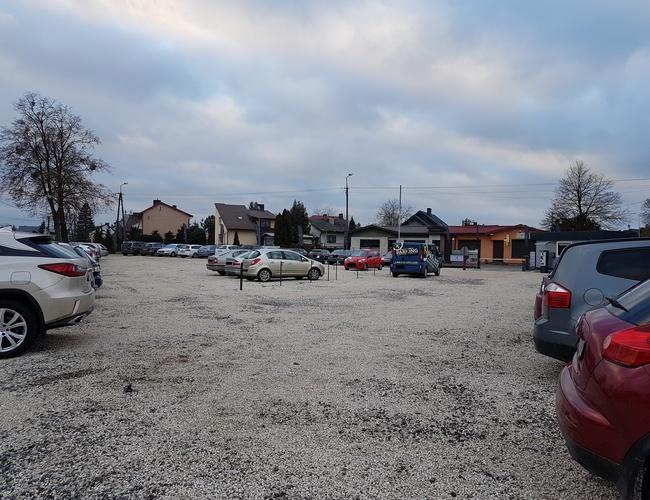 zdjęcie VIP 2 parking Modlin