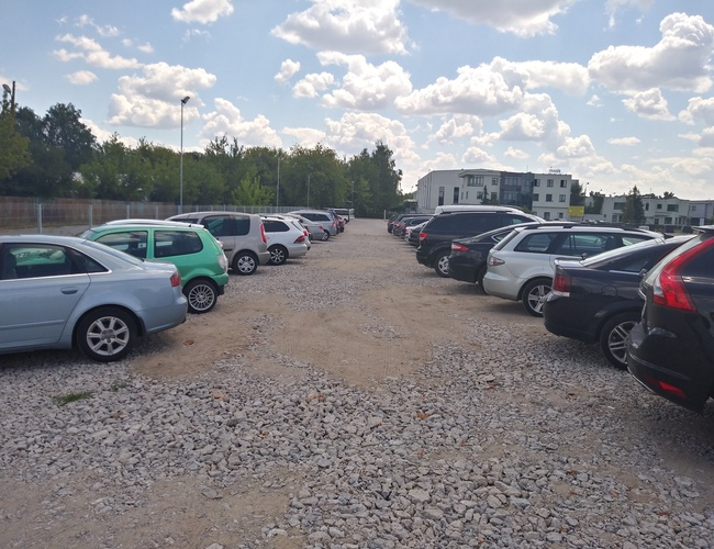 zdjęcie Równoległa 1 parking Okęcie