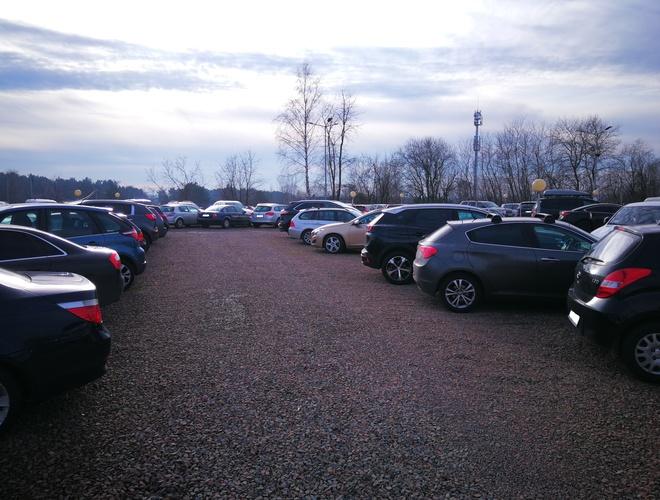 zdjęcie PLUS Parking parking Balice