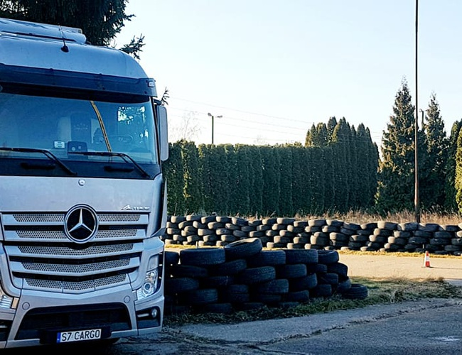 zdjęcie Maratońska 102A parking Lodz