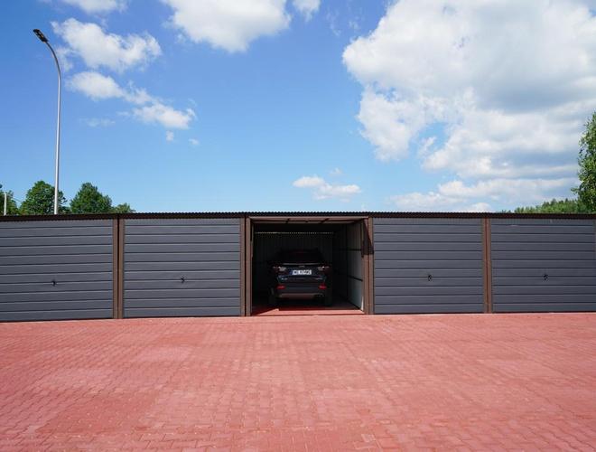 zdjęcie VIP Garages MEGA Parking parking Pyrzowice