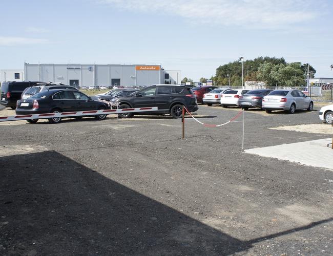zdjęcie Lotniskowy 24h parking Poznań