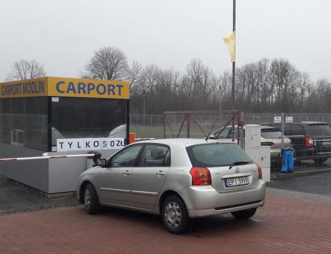 zdjęcie Carport parking Modlin