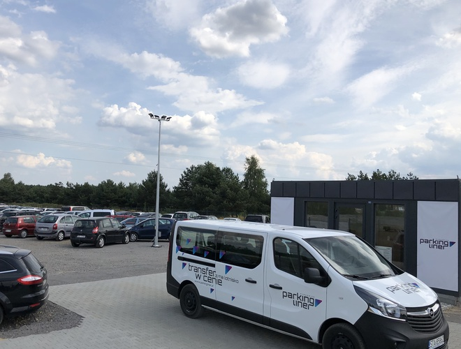 zdjęcie Liner parking Pyrzowice