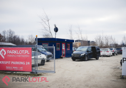 parking lotnisko chopina krispit